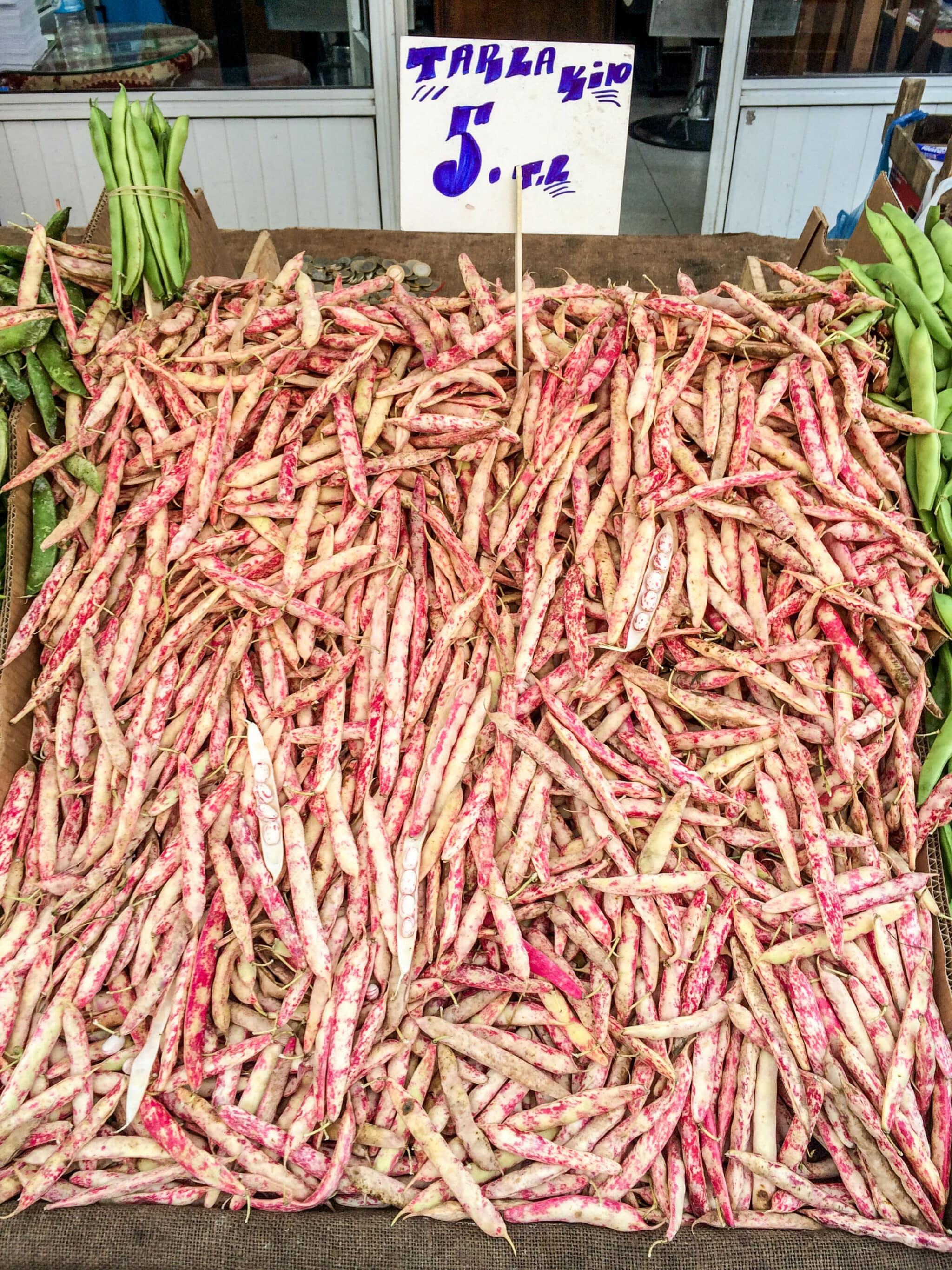 Borlotti beans from Balat market - A kitchen in Istanbul