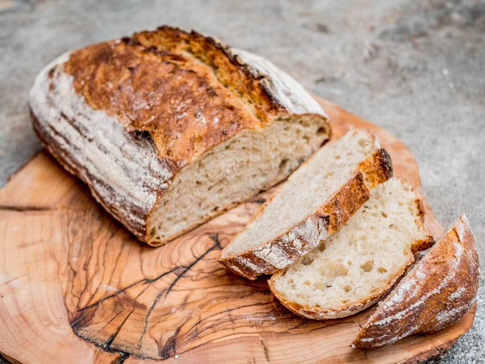 Wholesome no knead bread - recipe / A kitchen in Istanbul